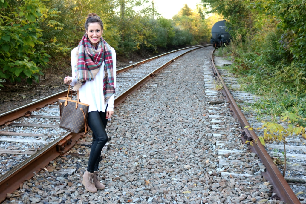 Recent things, Four Spirits, THREE Giveaway - Fall Fashion on Coming Up Roses