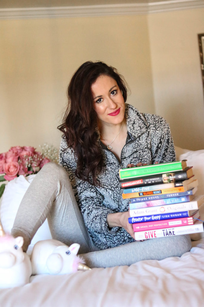 Winter Reading List - Books to Cozy Up with This Winter - 21 Favorites Books to Cozy Up with this Winter (+ My 2018 Reading List!) by popular Philadelphia lifestyle blogger Coming Up Roses