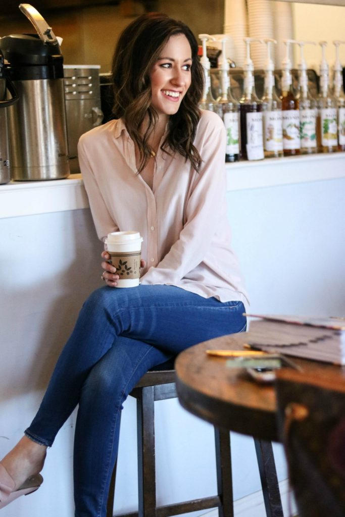 How to be an Influencer - Mintsim mobile service - How to Get Inspired Again when you're in a Funk - 7 EASY WAYS by popular Philadelphia lifestyle blogger Coming Up Roses