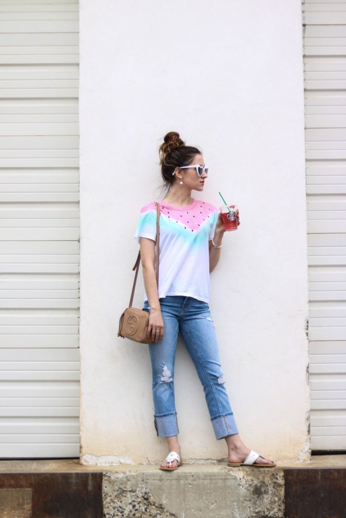 Bookmark this post ASAP! Philadelphia style blogger, Erica from Coming Up Roses shares a list of the best jeans under $100!