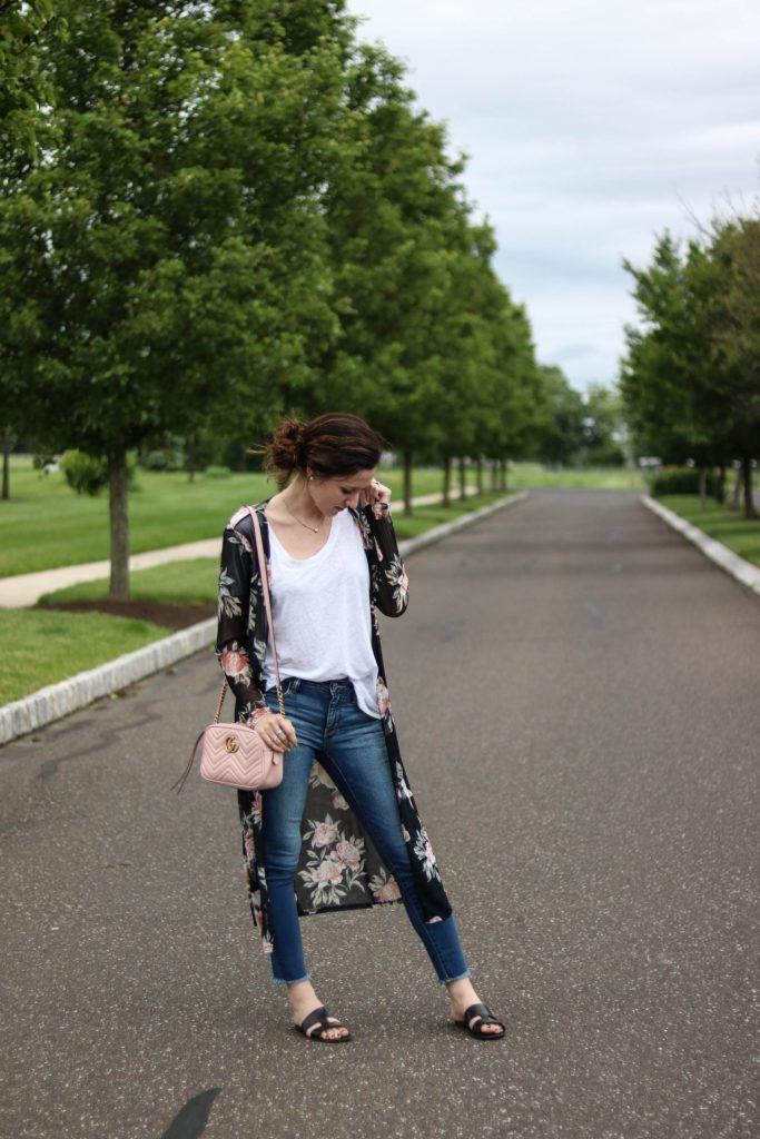The best jeans don't have to break the bank. Philadelphia lifestyle blogger, Erica of Coming Up Roses, shares her personal favorite picks - the best jeans all under $100!