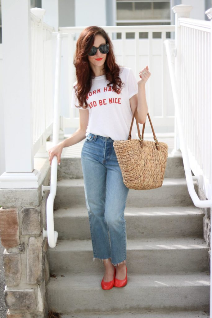The best jeans don't have to break the bank! Philadelphia style blogger, Erica from Coming Up Roses shares a list of the best jeans under $100!