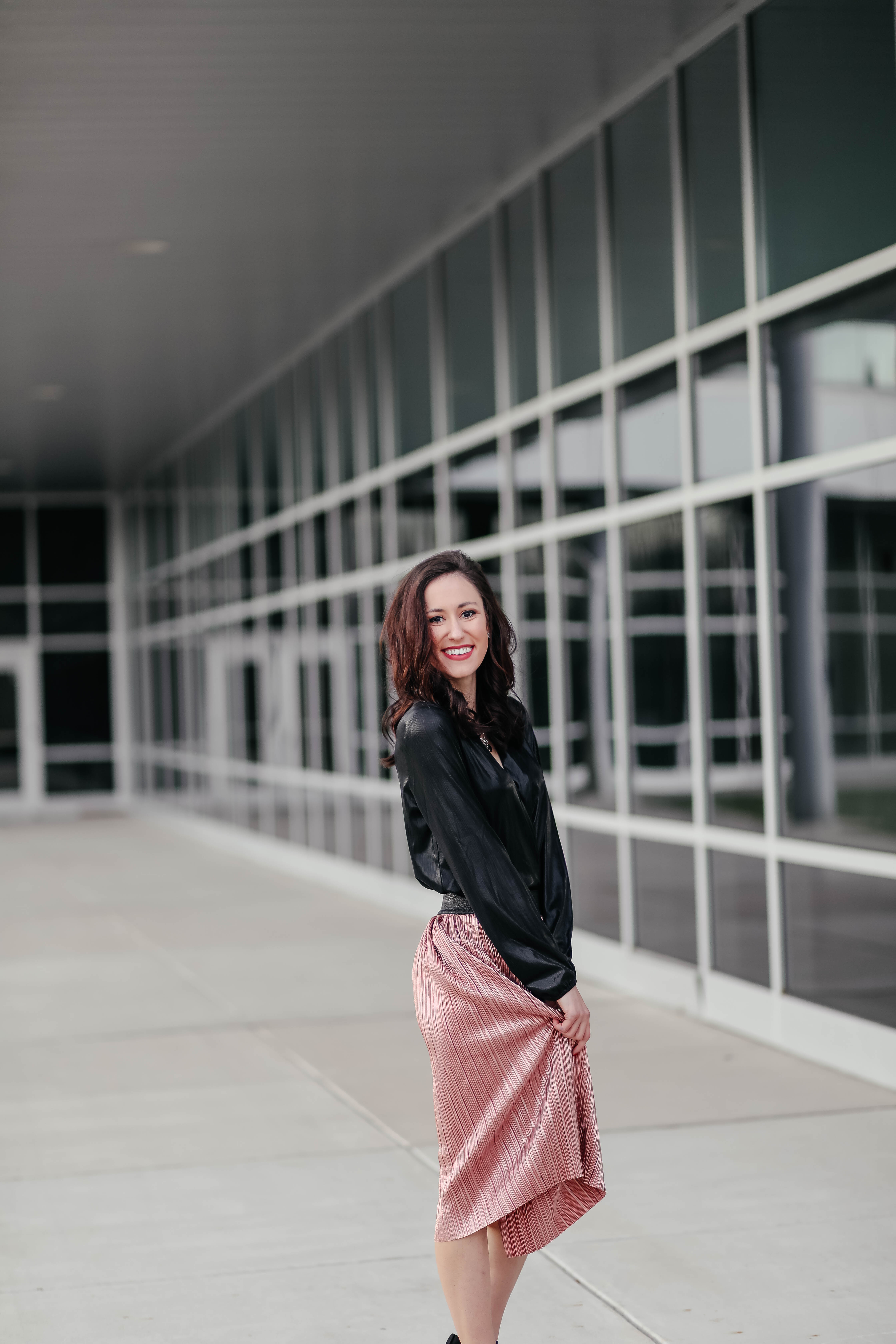 This AFFORDABLE Holiday Outfit is UNDER $80 TOTAL - you won't believe where it's all from! Pleated skirt, metallic bodysuit, and classic black pumps, all from Walmart - on Coming Up Roses