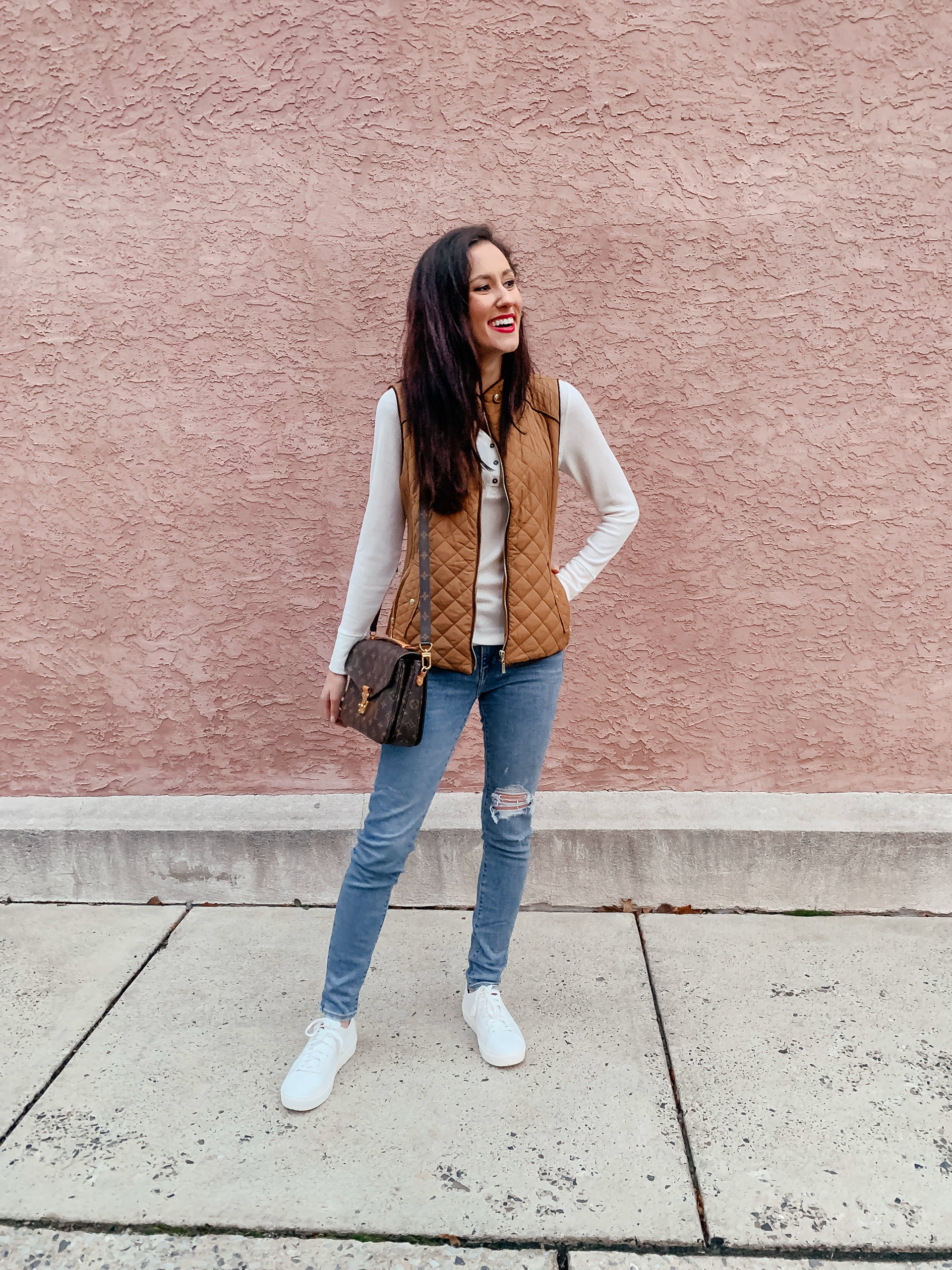 My BEST AMAZON FINDS of 2019 - on Coming Up Roses (featuring this quilted vest!)